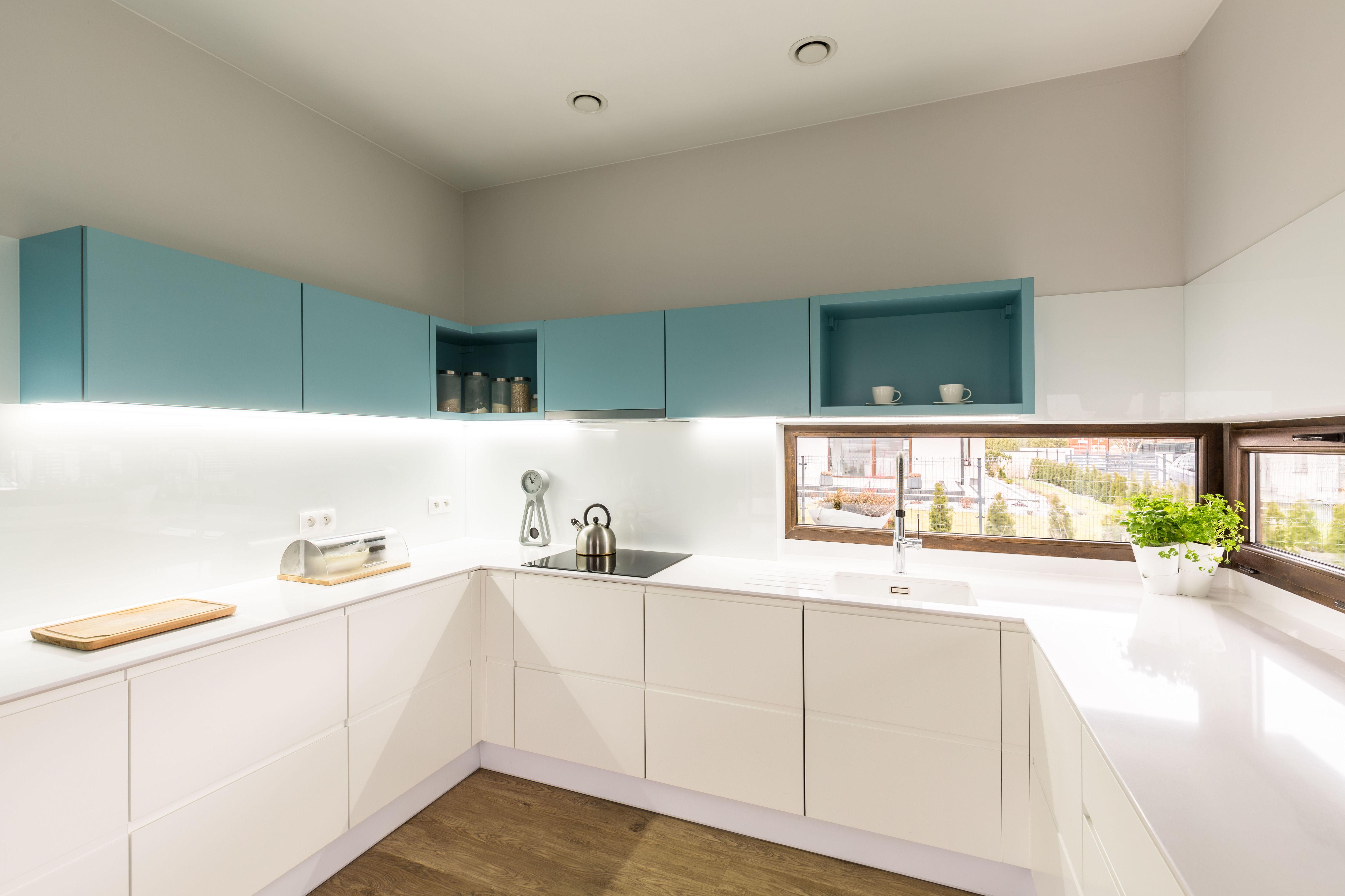 Foto 2 de Muebles de baño y cocina en    COCINAS 7 ISLAS
