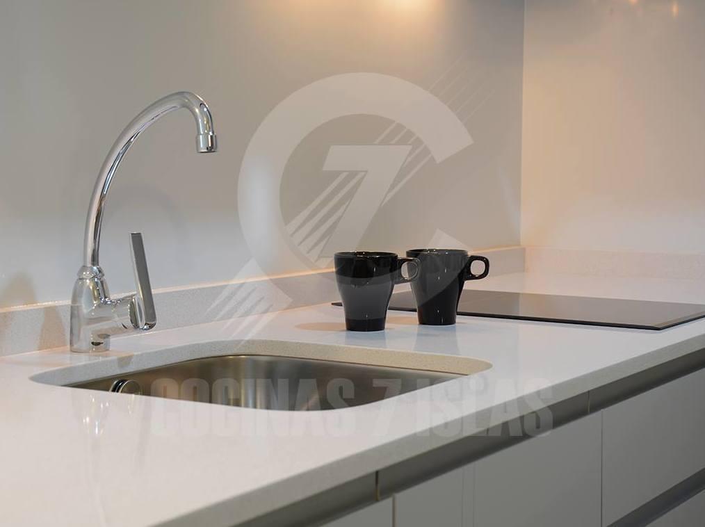 Foto 4 de Muebles de baño y cocina en Santa Cruz de Tenerife | COCINAS 7 ISLAS
