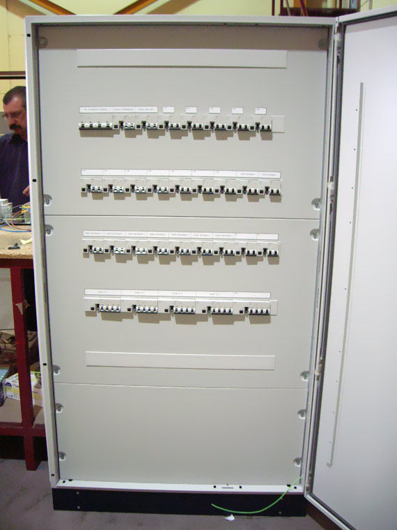 Foto 14 de Electricidad en Parla | Iberecym, S.L.