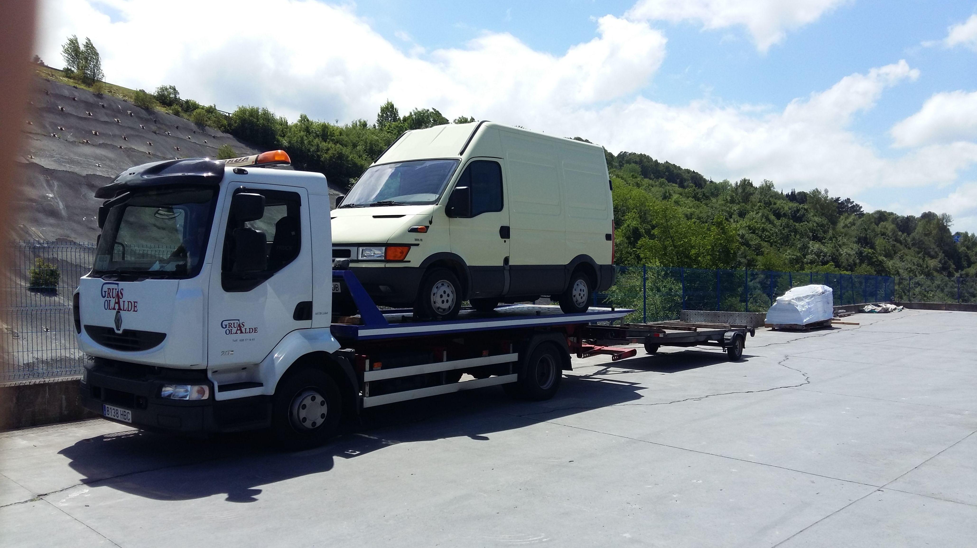 Foto 4 de Grúas para vehículos en Oiartzun | Grúas Olalde