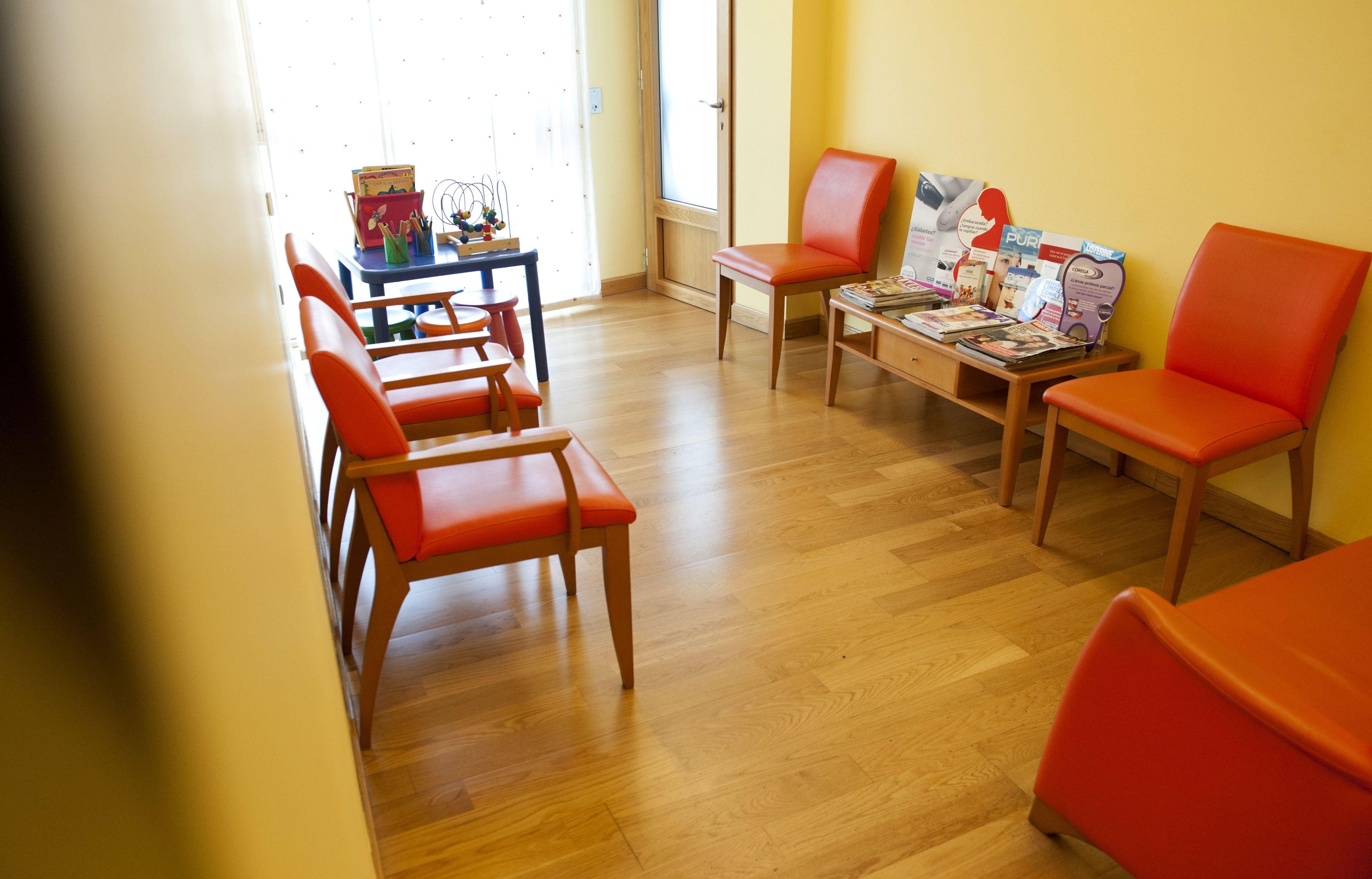 Clínica dental concertada con aseguradoras en Ferrol, A Coruña