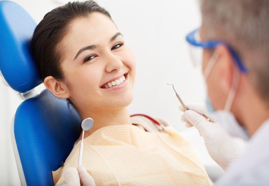 Limpiezas de boca: Nuestros servicios de Clínica Dental Gándara