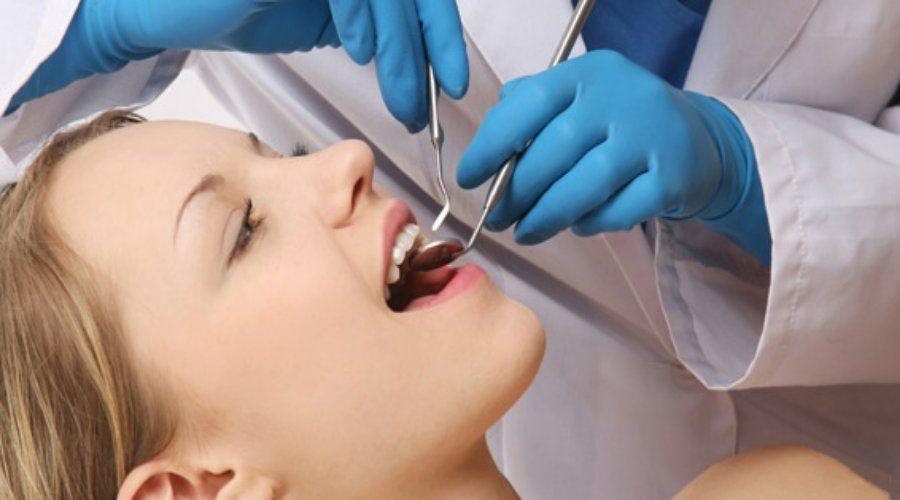 Obturaciones / Empastes: Nuestros servicios de Clínica Dental Gándara