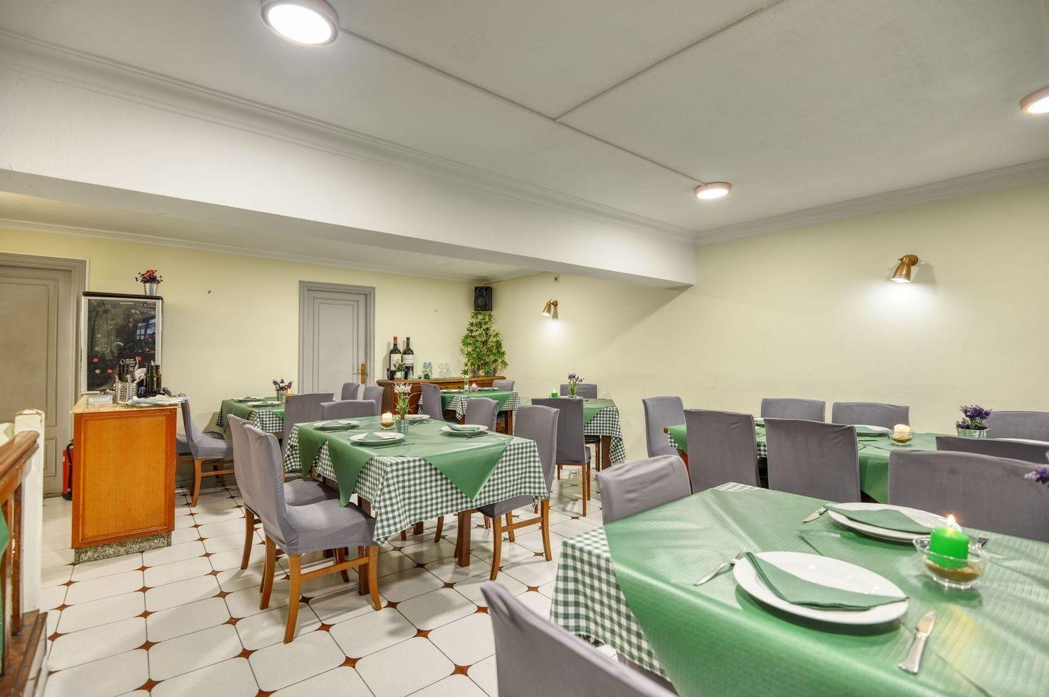 Foto 32 de Restaurante en    La Cantina Sixtina