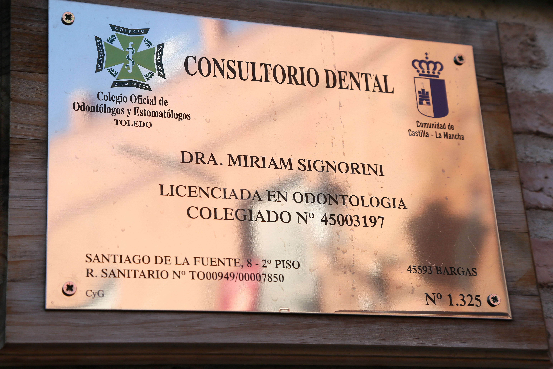 Foto 5 de Dentistas en Bargas | Clínica Dental Dra. Miriam Signorini