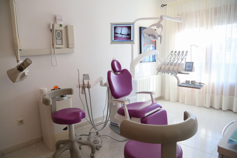 Foto 6 de Dentistas en Bargas | Clínica Dental Dra. Miriam Signorini