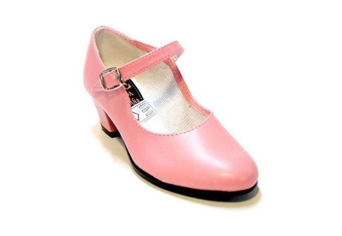 Zapato flamenco con hebilla