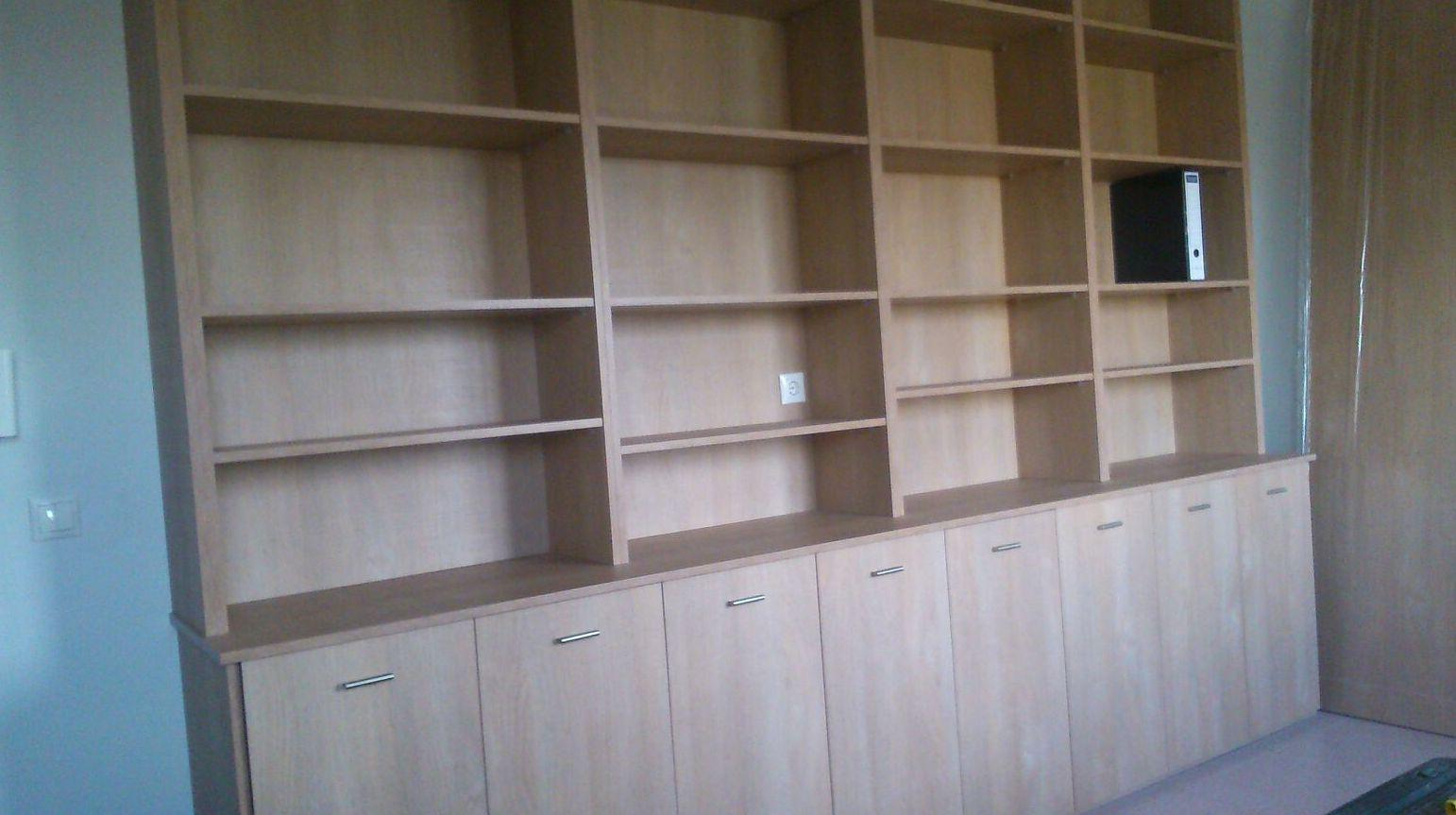 Librería montada en Granada