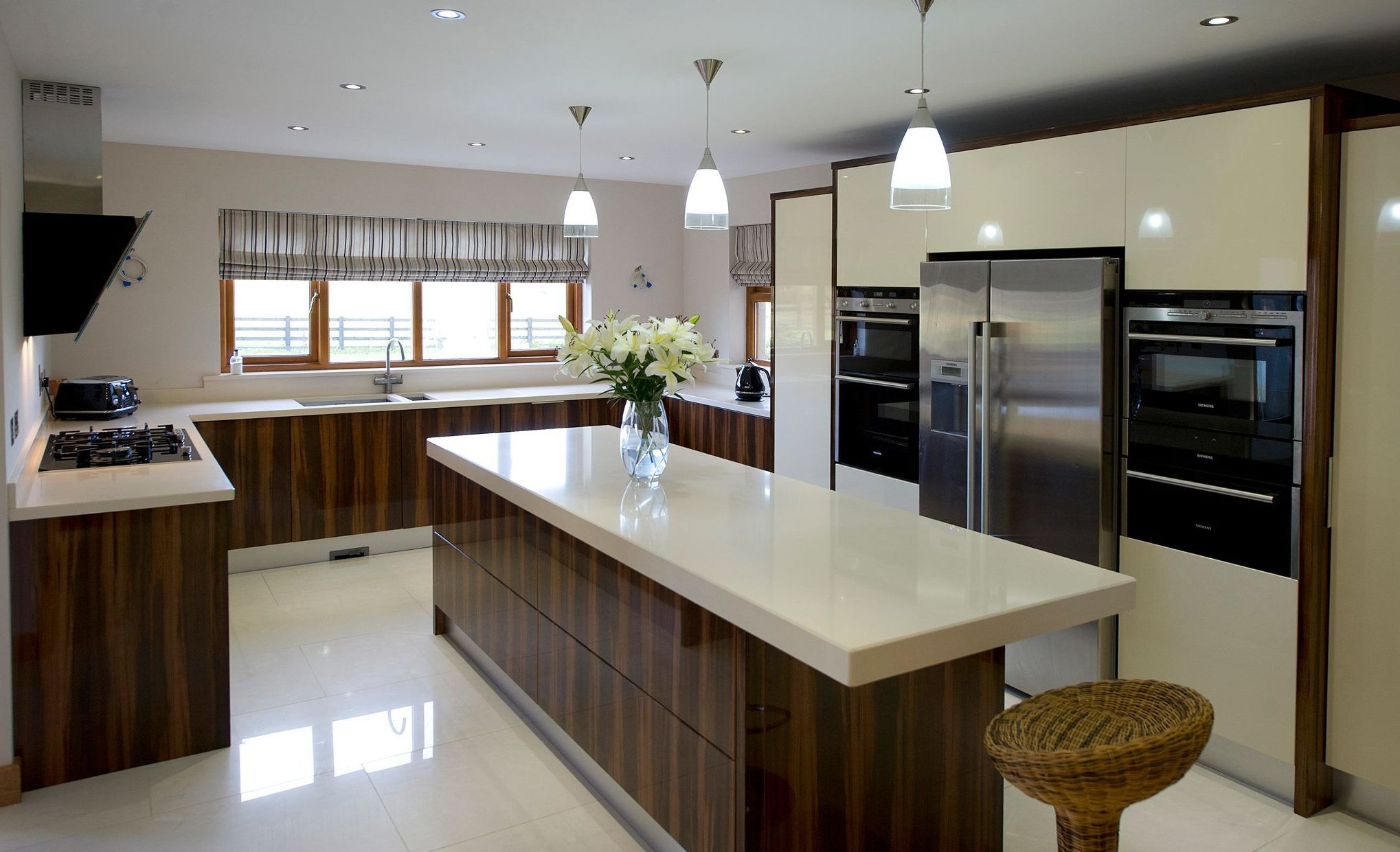 Silestone en cocinas benamu for Cocinas silestone colores