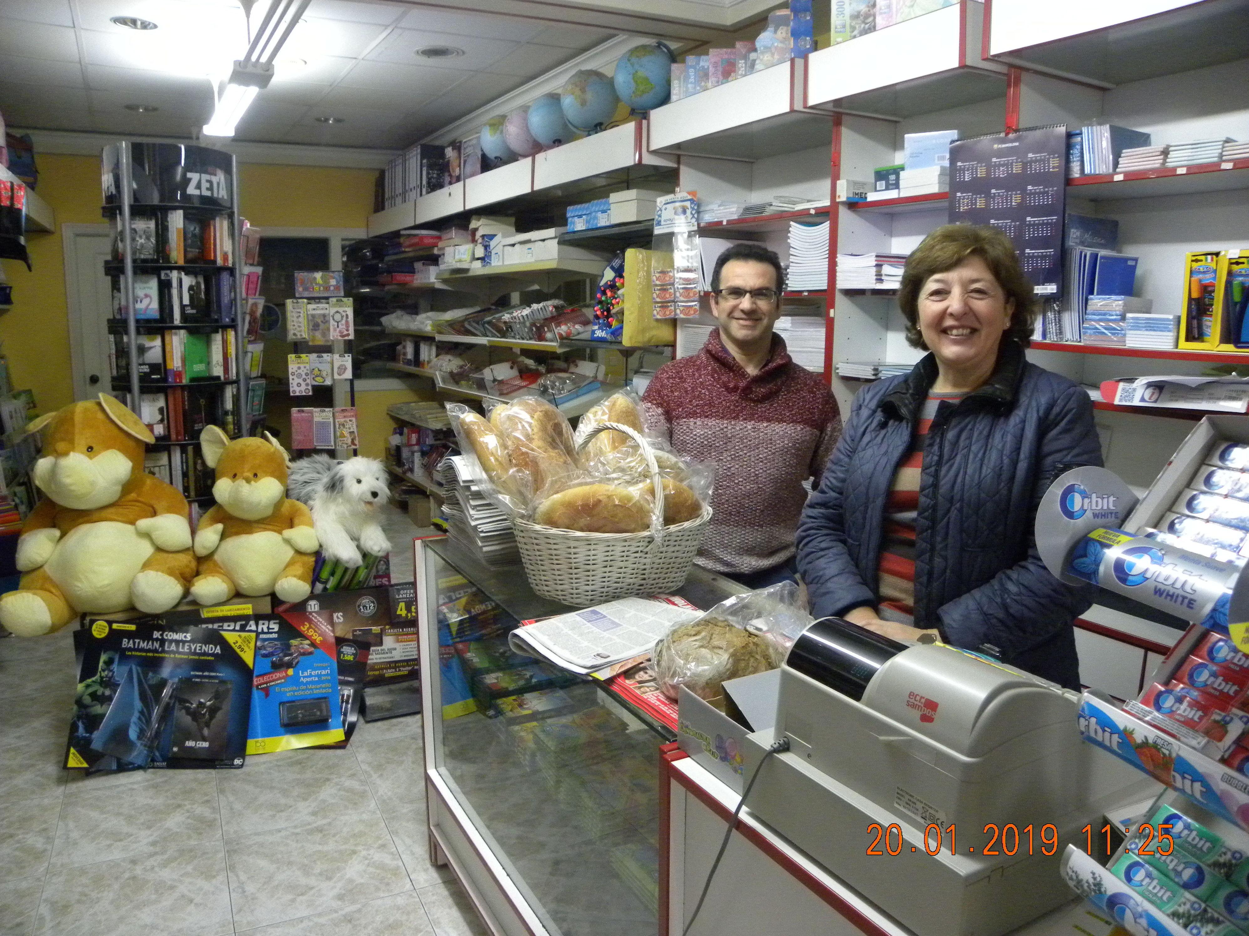 JOSE Y ANA EN LA LIBRERIA EL DOMINGO DIA 20