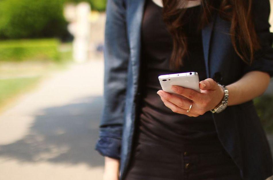 la adicción al teléfono móvil en los jóvenes