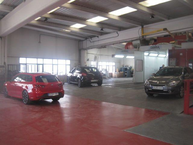 Foto 3 de Talleres de automóviles en  | Trinidad Automoción