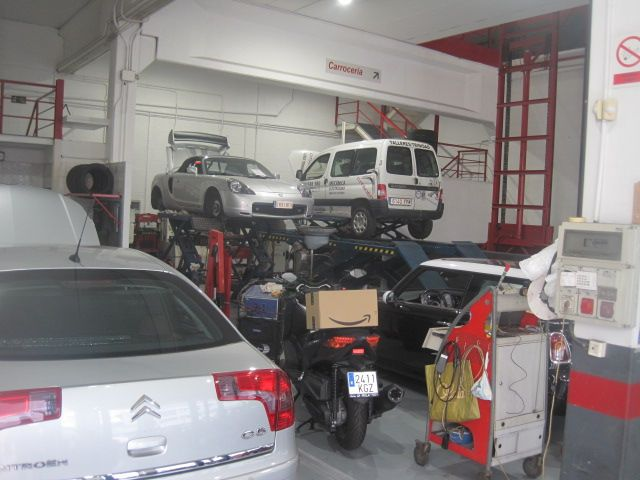 Foto 8 de Talleres de automóviles en  | Trinidad Automoción