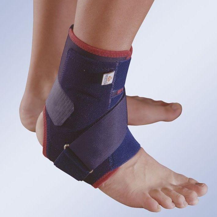 Estabilizador de tobillo transpirable con placas termoplásticas: Productos y servicios de Ortopedia Delgado, S. L.