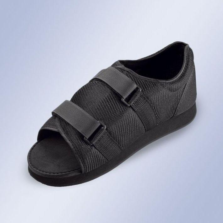Zapato postquirúrgico: Productos y servicios de Ortopedia Delgado, S. L.