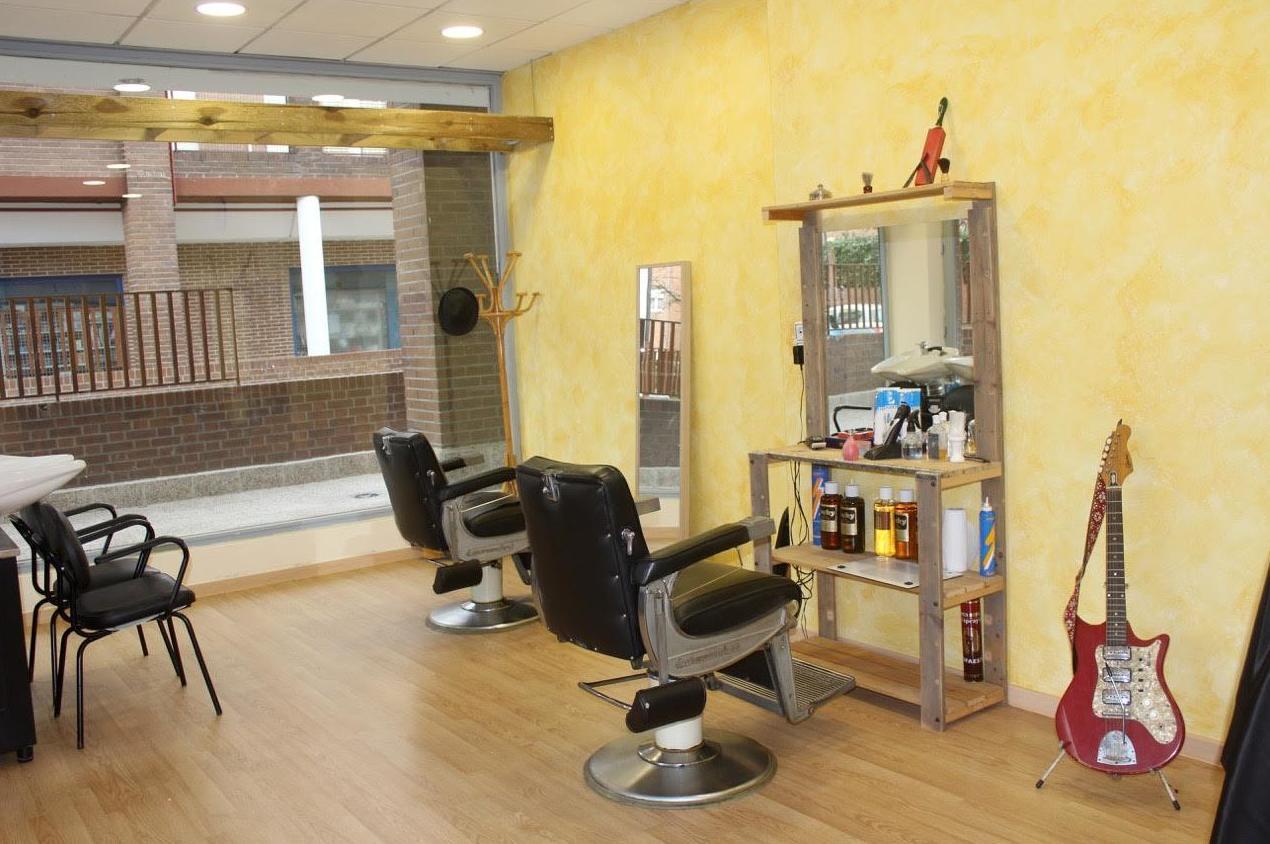 Nuevo concepto de peluquería barbería en Tres Cantos