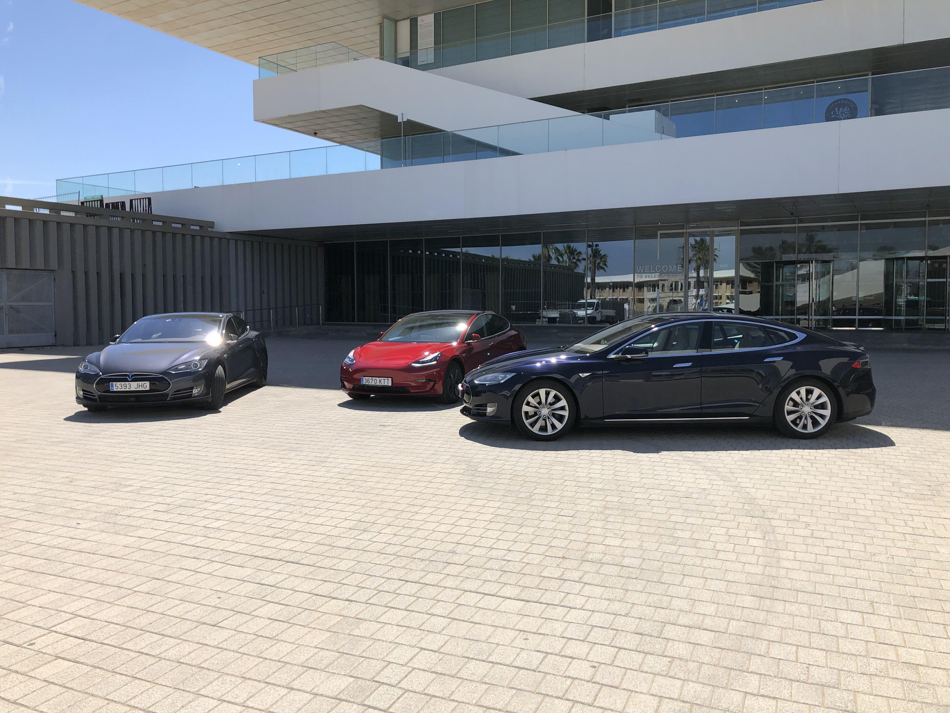 Alquiler de vehículos Tesla
