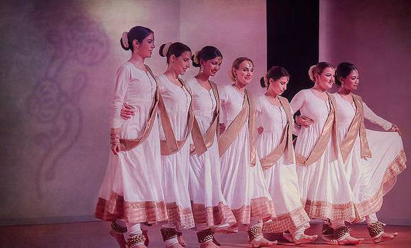 Tradición y música india unida en nuestro centro