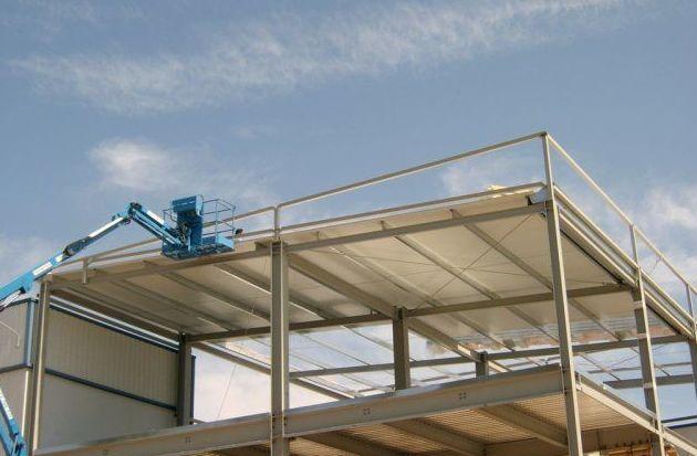 Panel de cubierta en industria cárnica