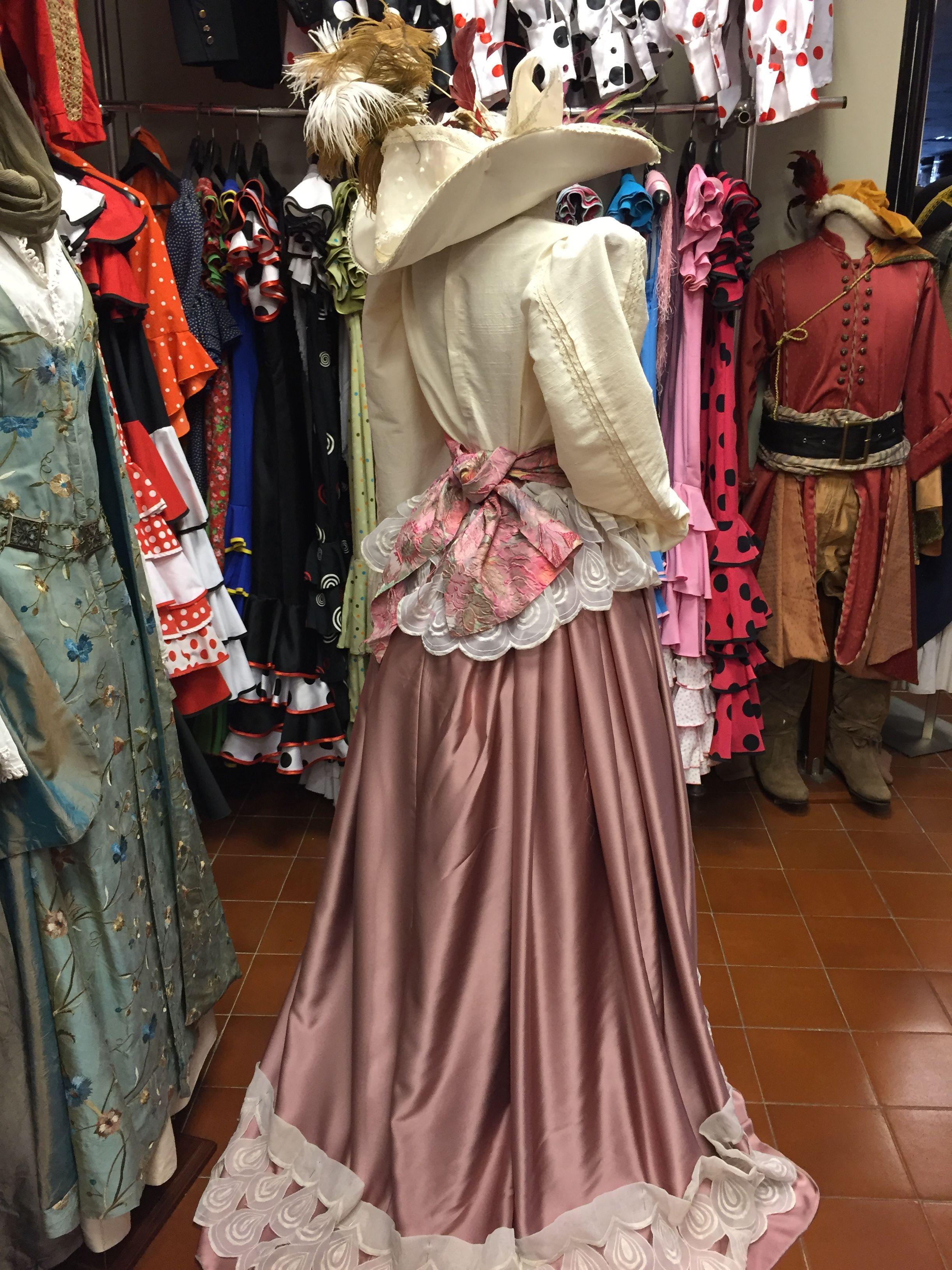 Alquiler de vestuario: Productos de Atucom Barcelona