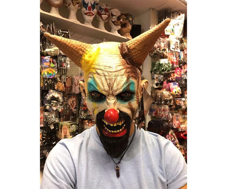Máscaras de zombis