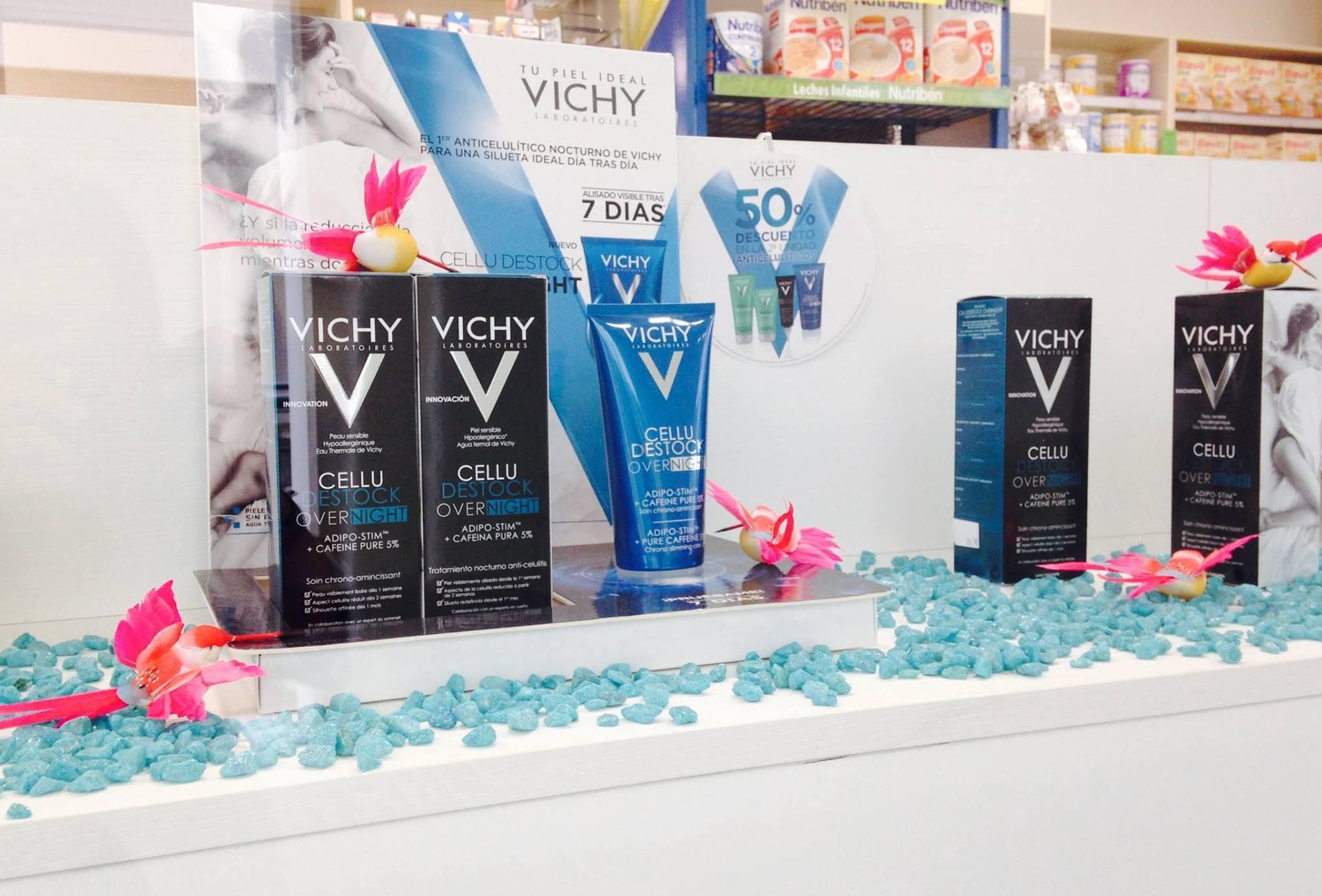 Productos de cosmética de diversas marcas