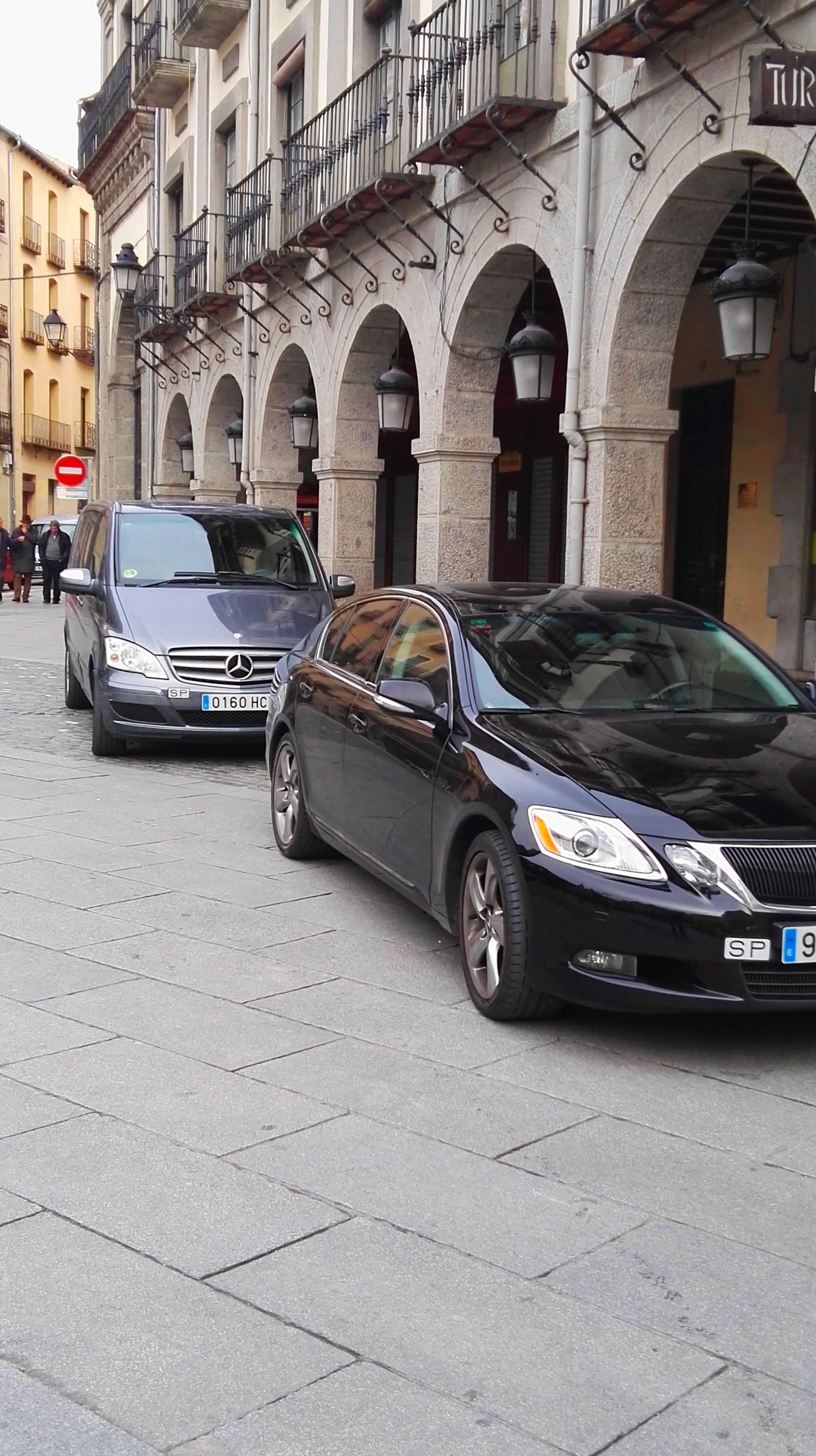 Foto 4 de Servicio de alquiler de coches con conductor en Parque Coimbra | Déjate llevar