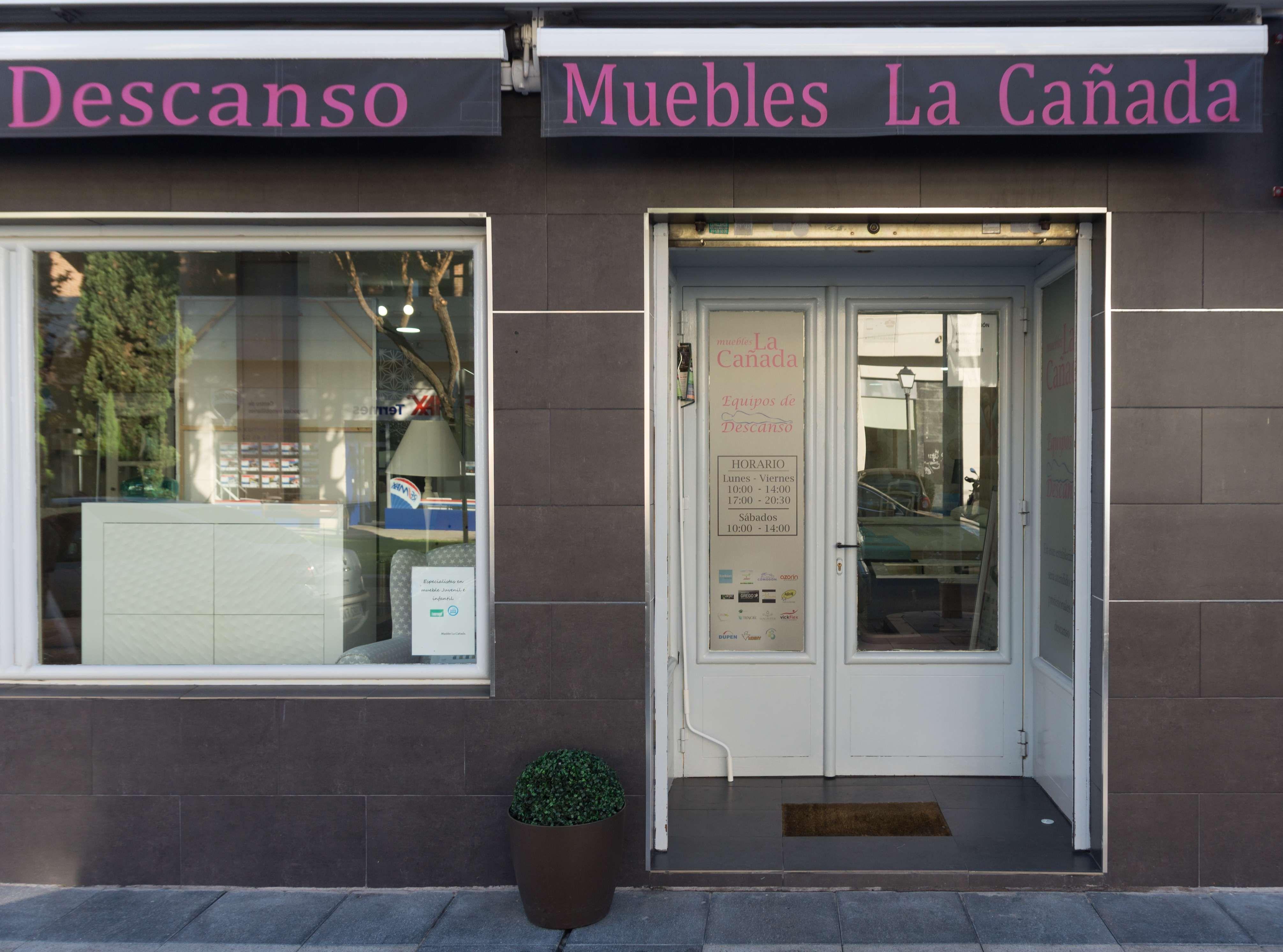 Foto 31 de Especialistas en descanso en Villanueva de la Cañada   Muebles La Cañada