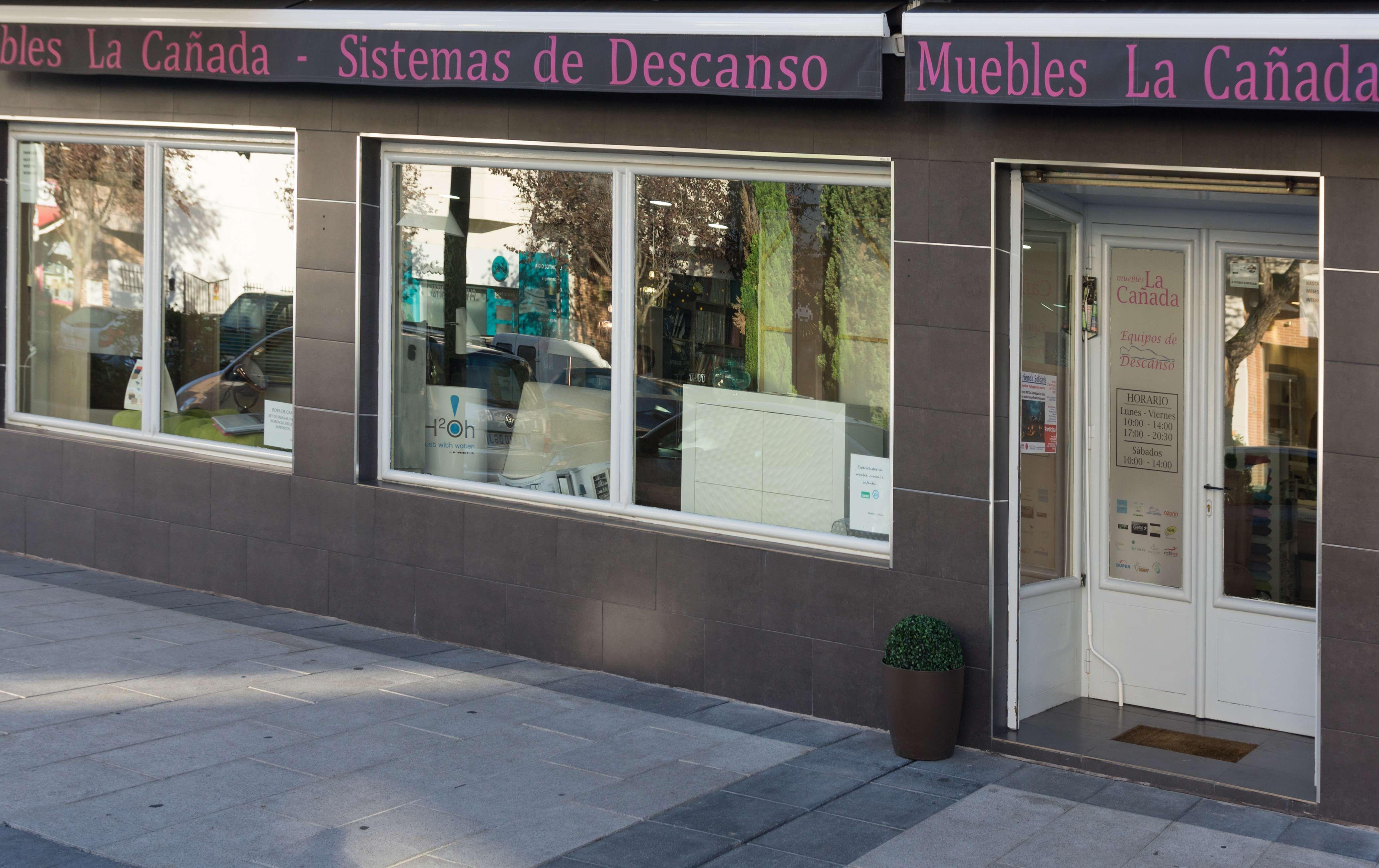 Foto 32 de Especialistas en descanso en Villanueva de la Cañada | Muebles La Cañada