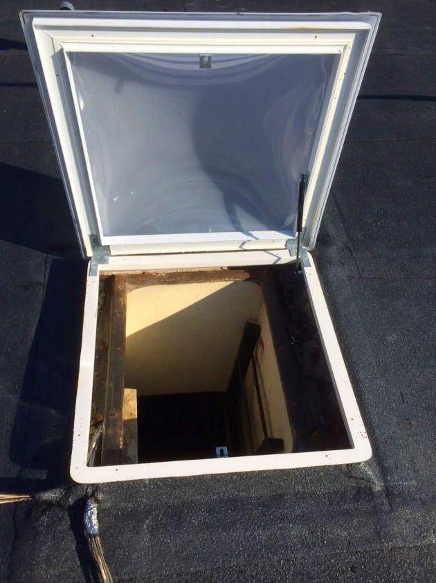 Trampilla de acceso al tejado Danoexit