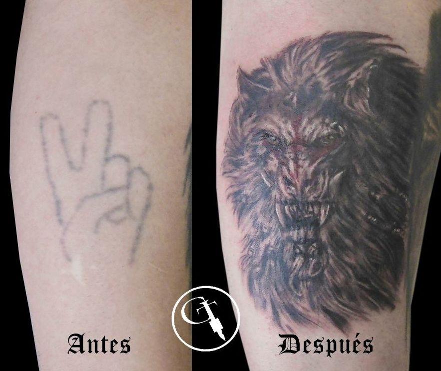 Tapado de mano con hombre lobo