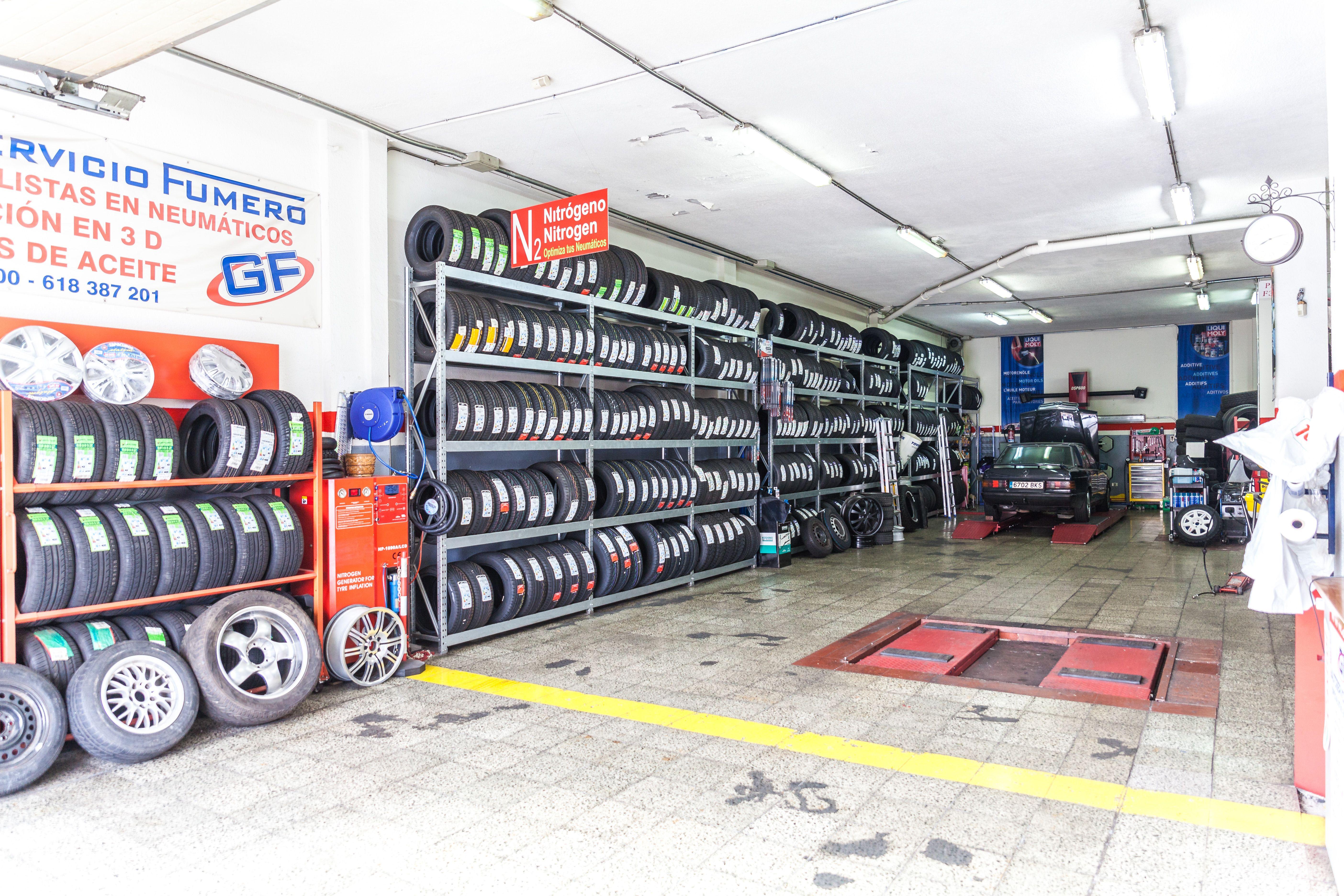 Foto 3 de Talleres de automóviles en Arona | Autoservicio Fumero