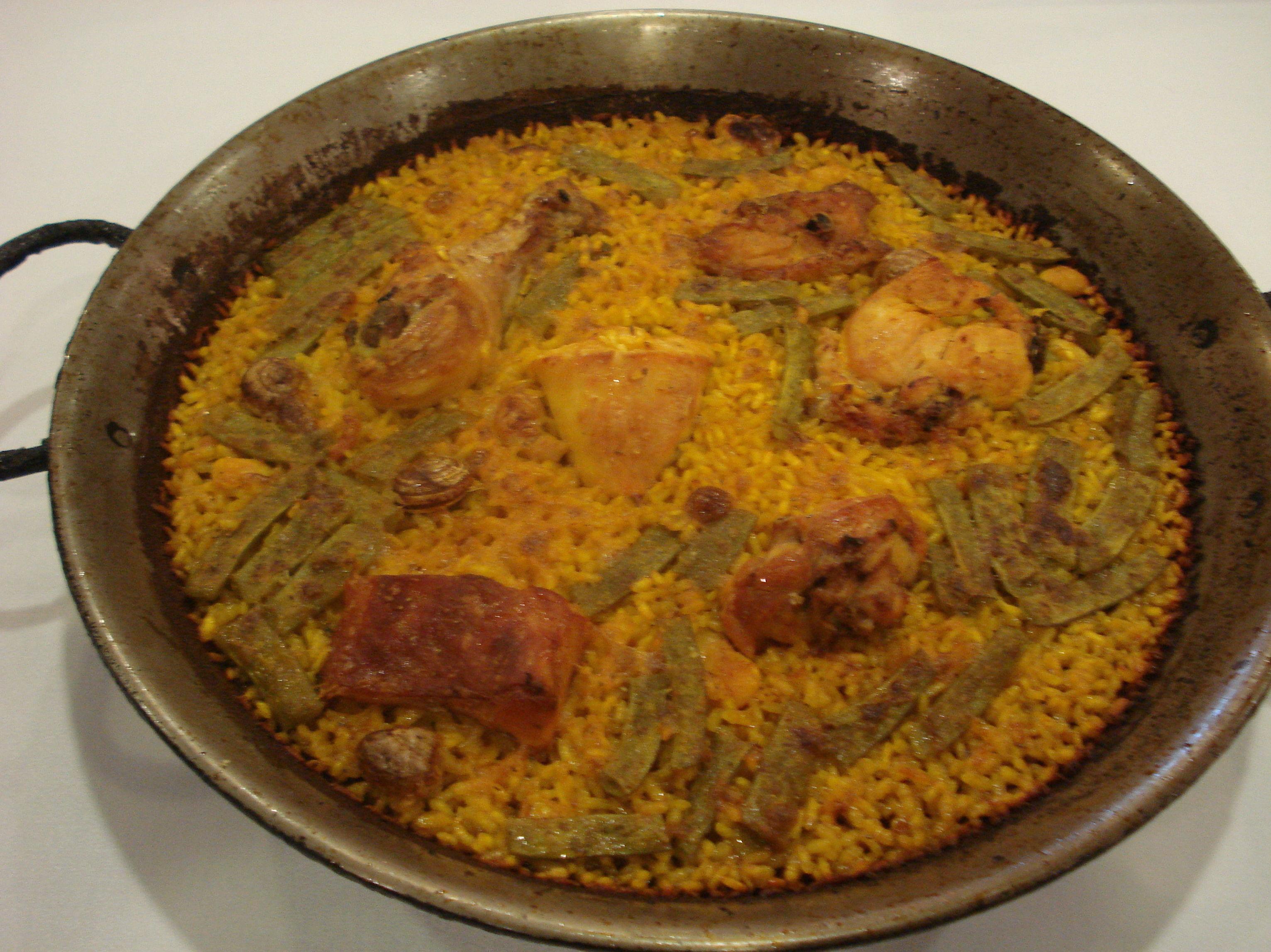 Típica paella de Valencia
