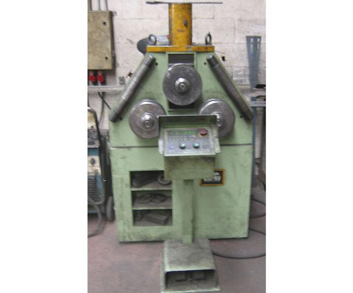 Curvadora CNC: Servicios y maquinaria  de Calderería y Obras, S.L.