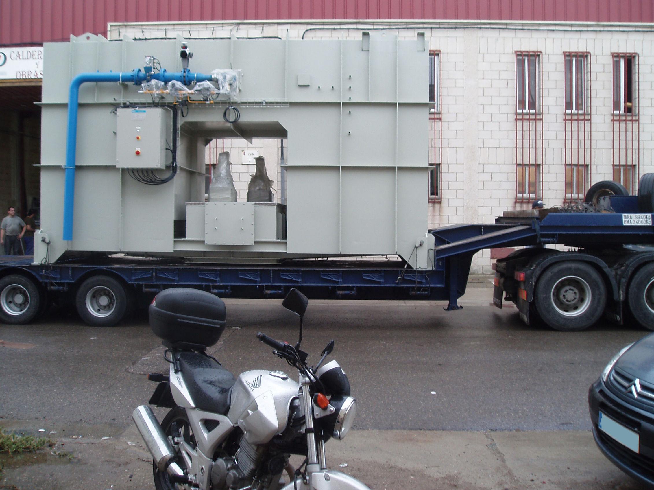 Transporte de estructuras metálicas