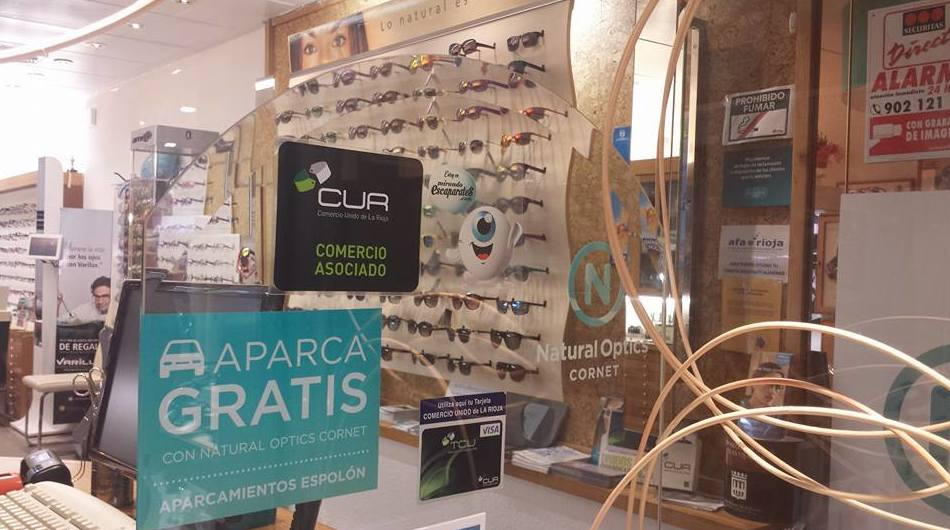 Foto 44 de Ópticas en  | Natural Optics Cornet