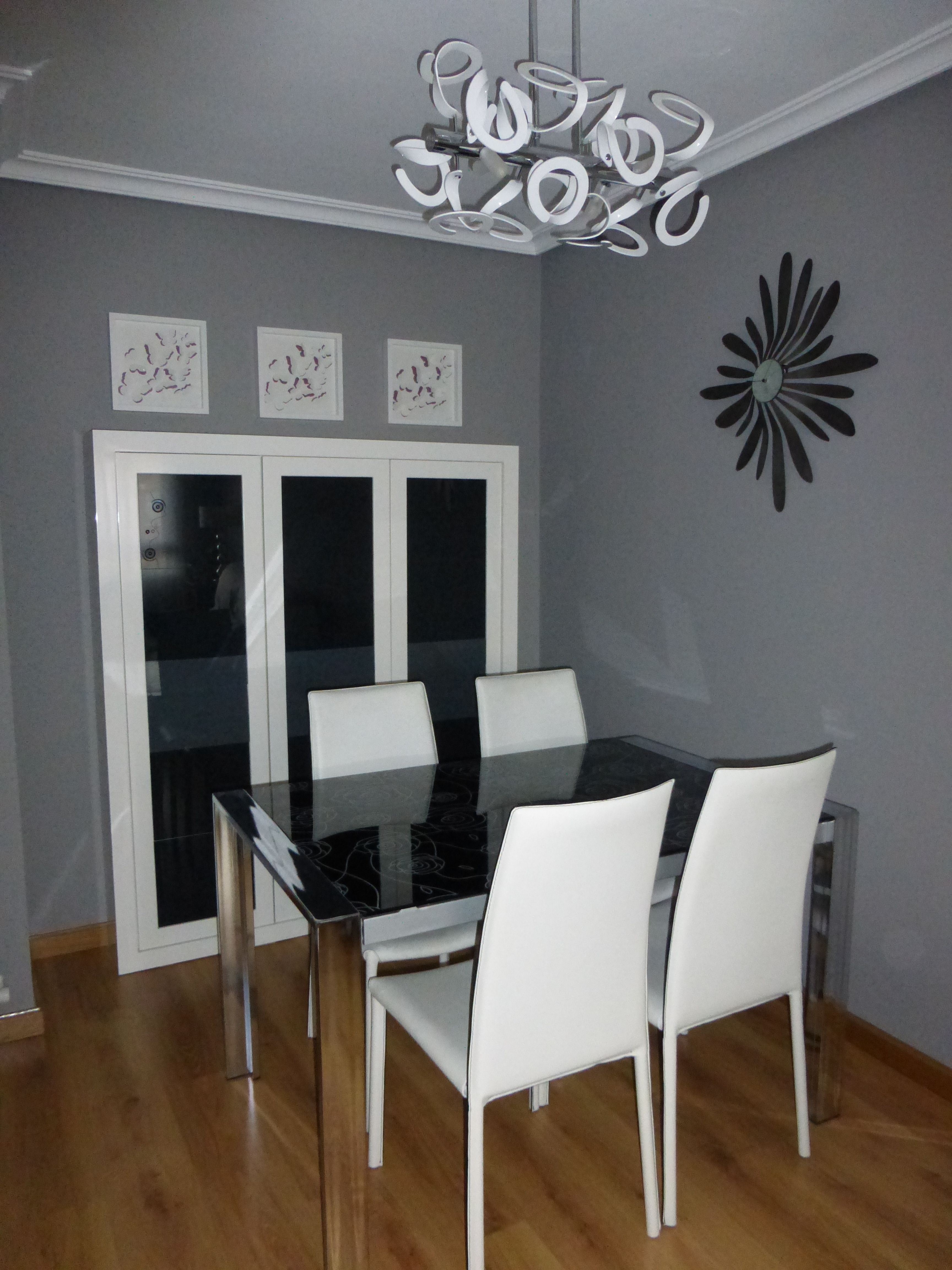 Fabricación e instalación de muebles de salón
