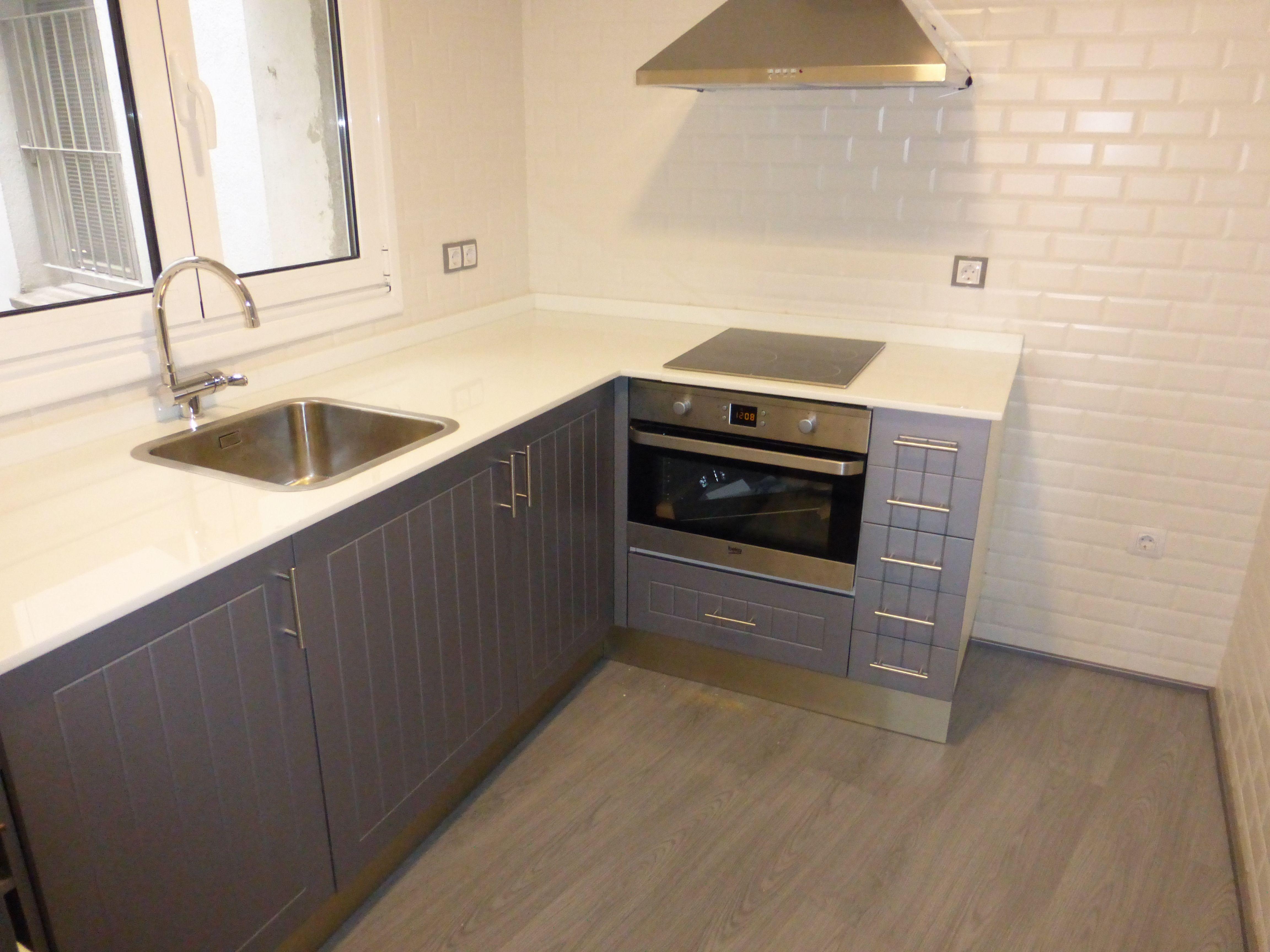 Fabricación e instalación de muebles de cocina