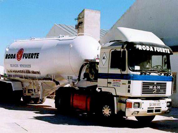 Logística: Productos y servicios de Pinturas Roda Fuerte