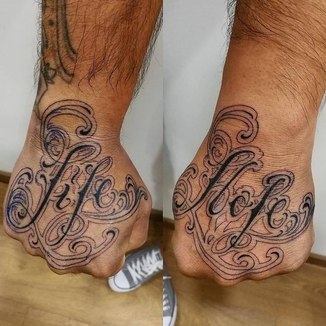 Foto 1 de Tattoos en Barcelona | Inksomnio Tattoo