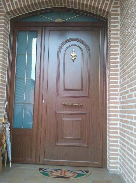 Puertas de madera de portal