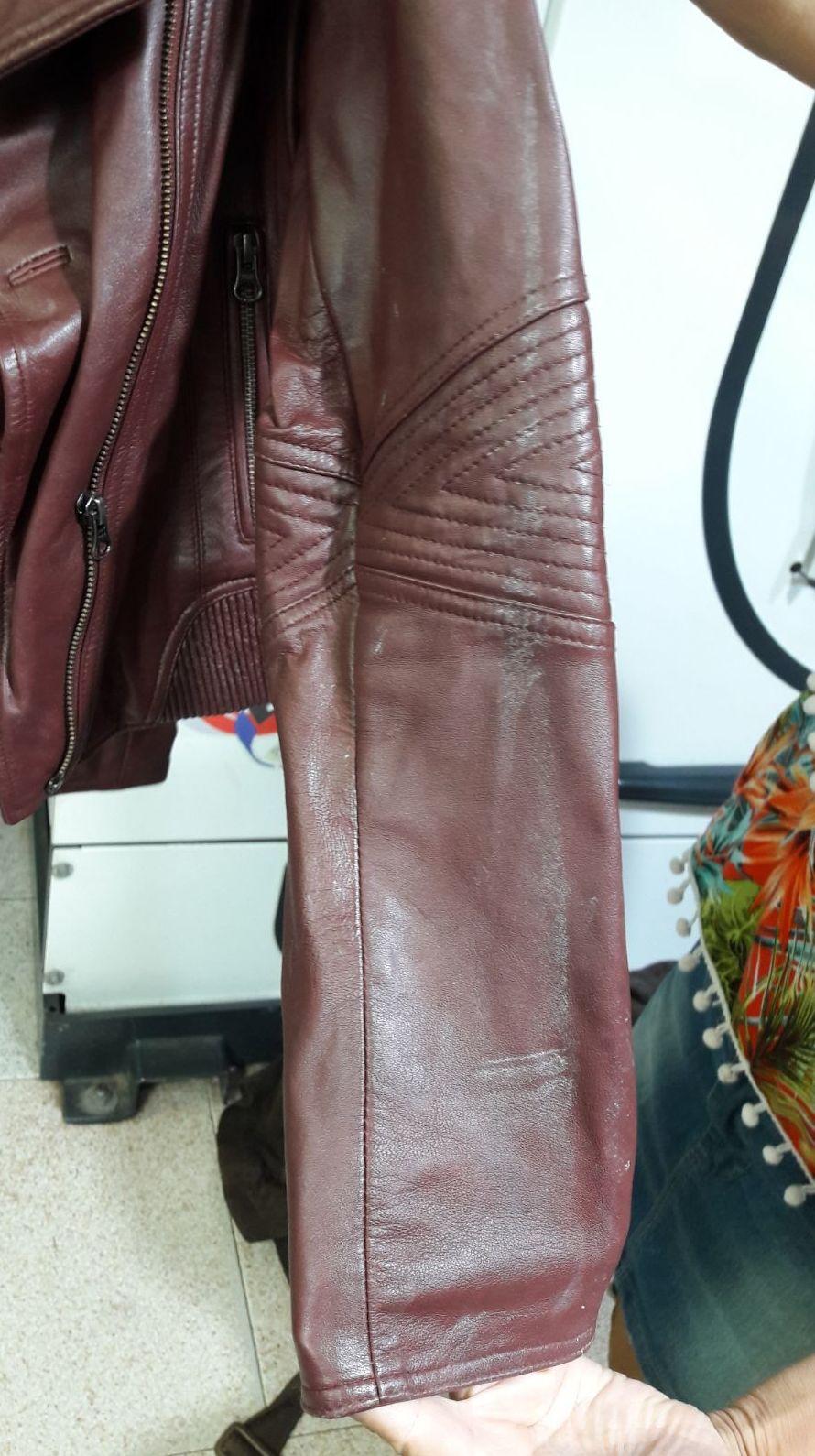 Antes y después chaquetas afectadas por humedad: Servicios  de Tintorería Anubis