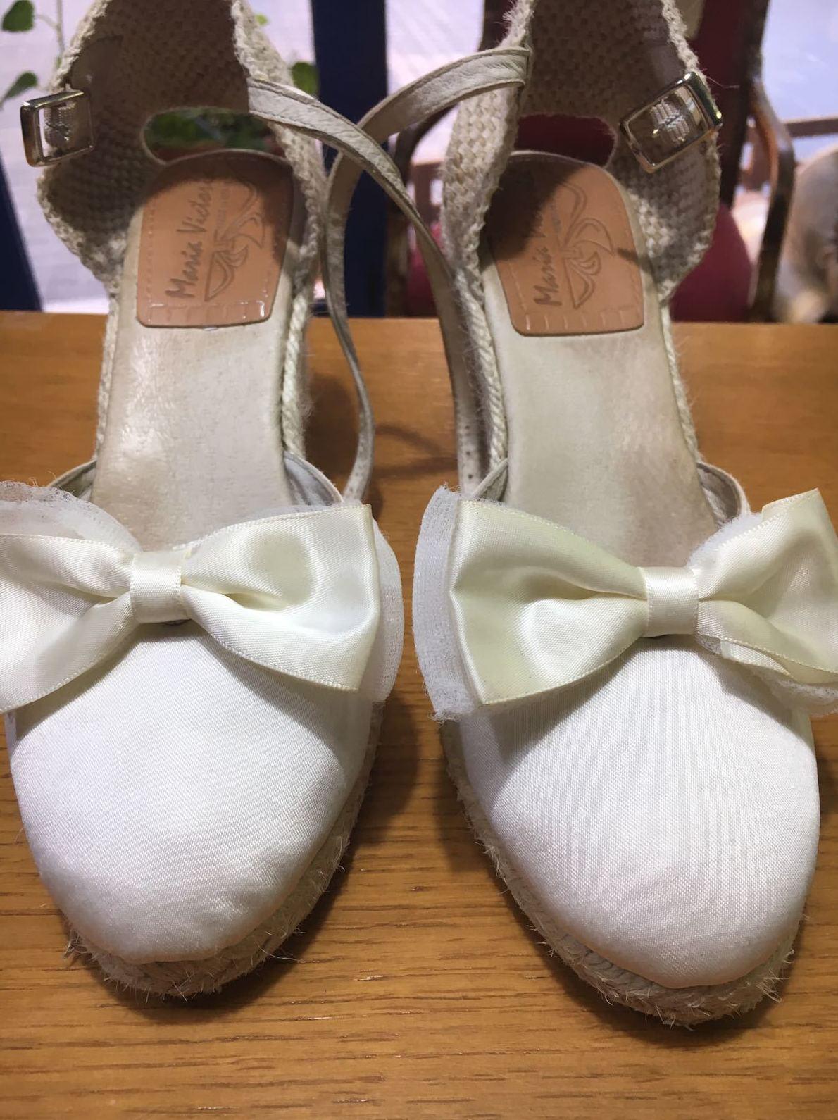 Limpieza de Zapatos: Servicios  of Tintorería Anubis