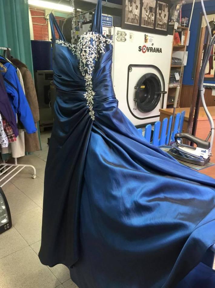 Foto 38 de Tintorerías y lavanderías en  | Tintorería Anubis