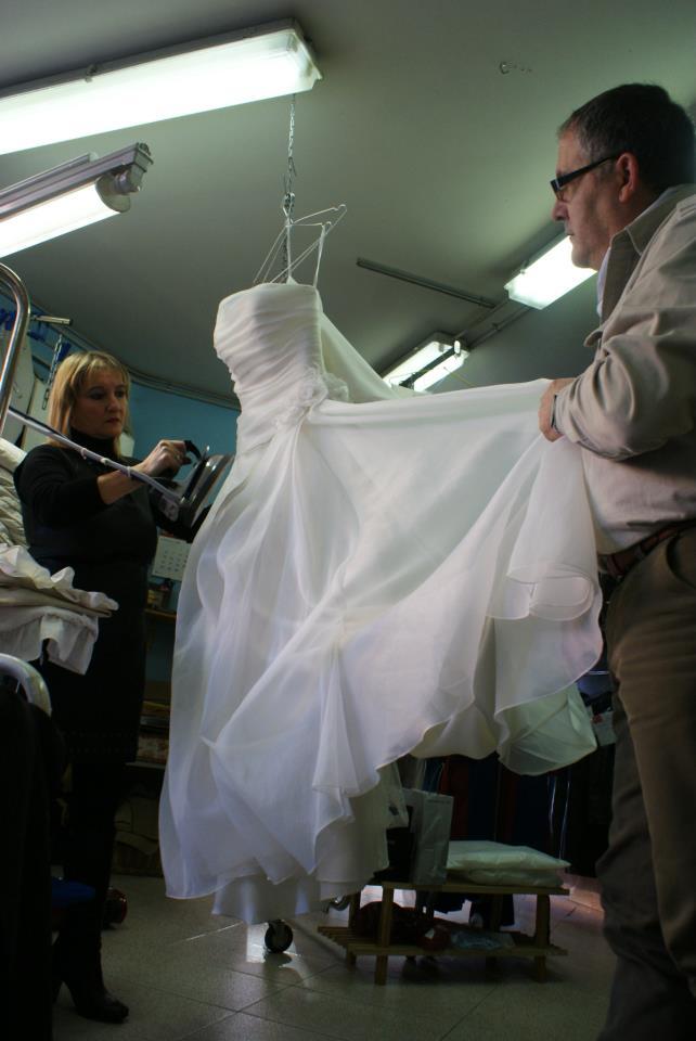Foto 27 de Tintorerías y lavanderías en  | Tintorería Anubis