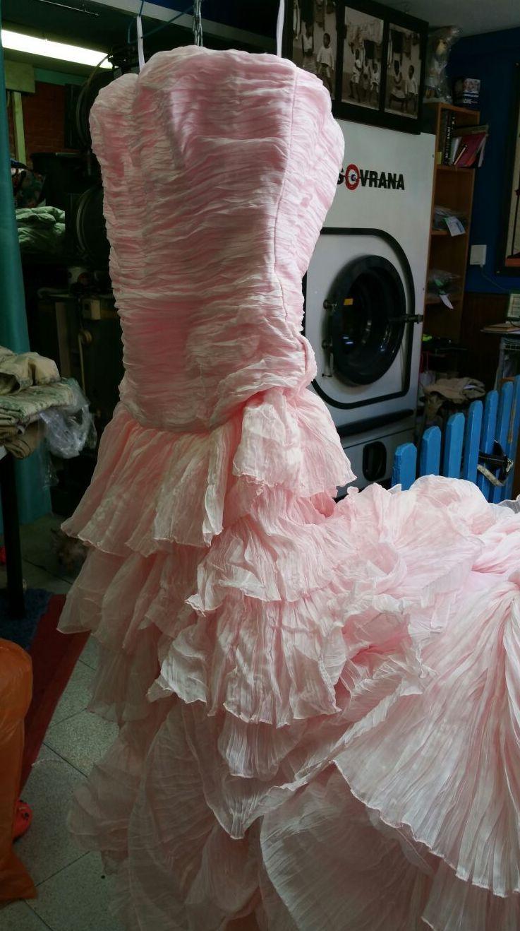Foto 18 de Tintorerías y lavanderías en    Tintorería Anubis