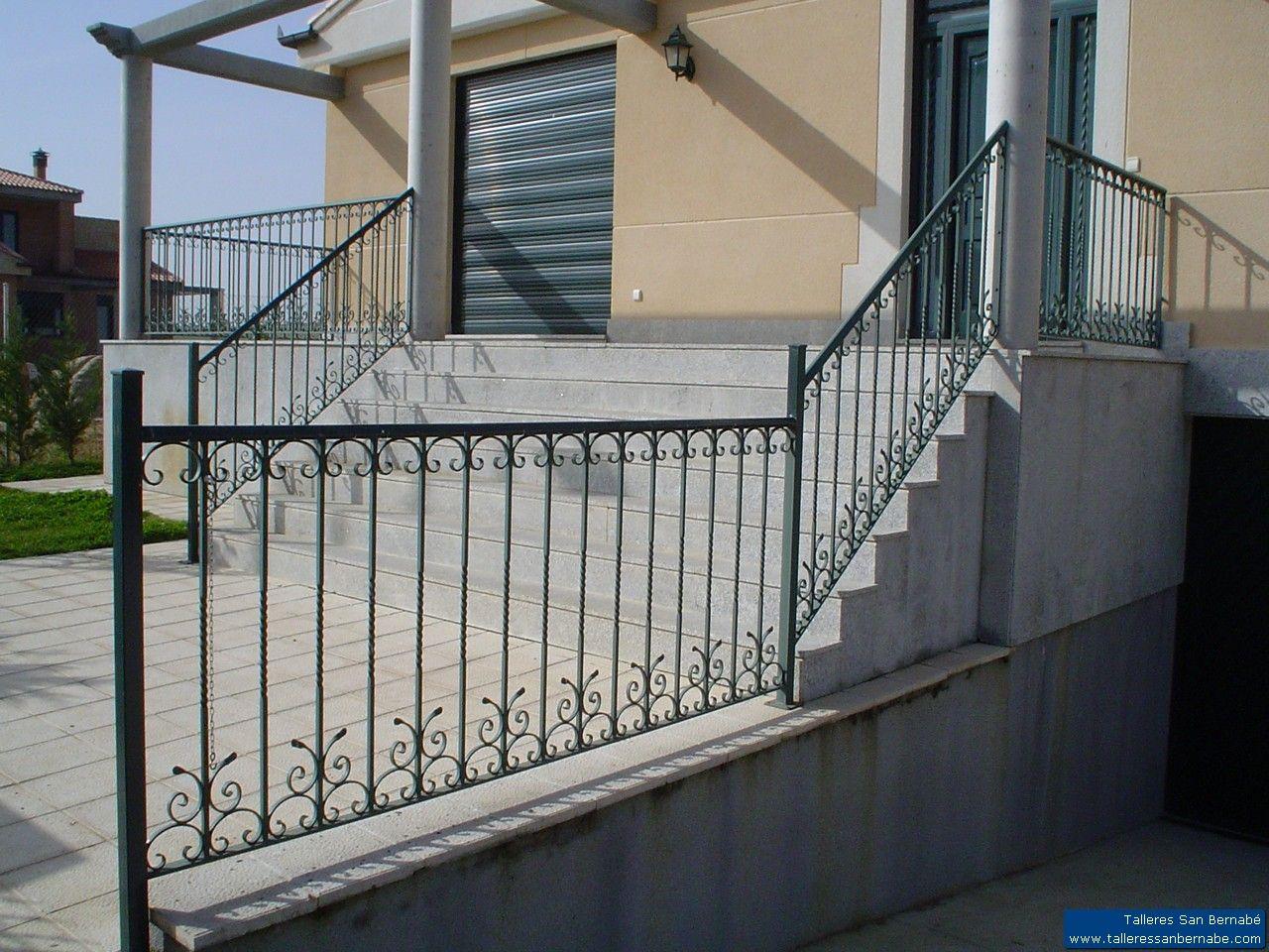 Cerrajería y Puertas de Garaje: Productos de Talleres San Bernabé