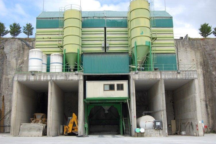 Fabricación de hormigón: Servicios de HORMIGONES EKARRI, S.L.