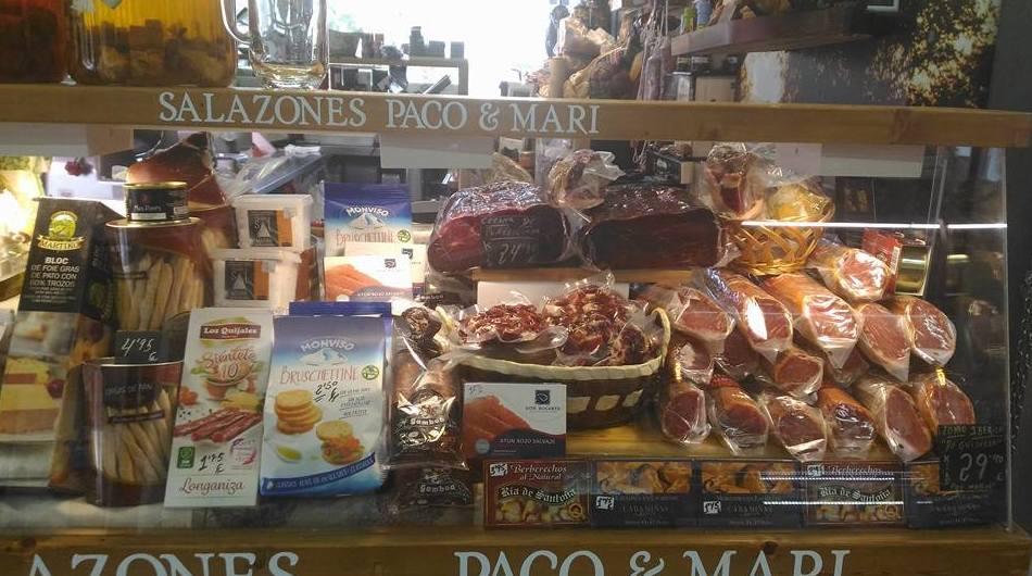 Foto 3 de Charcuterías en  | Comestibles y Salazones Paco y Mari