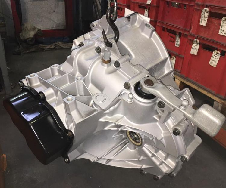 Reparación de cajas de motores en Almoradí